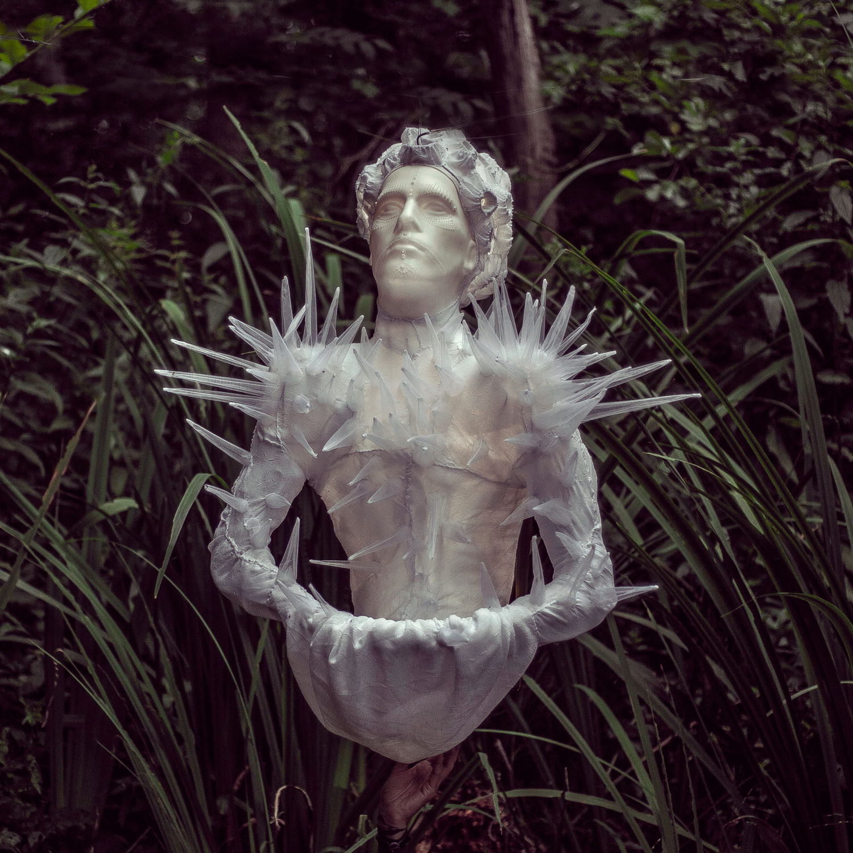 Eduard (Edward) — hanging lighting object by Eva Necasova